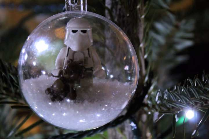 Boule de Noël Lego Snowtrooper (6)