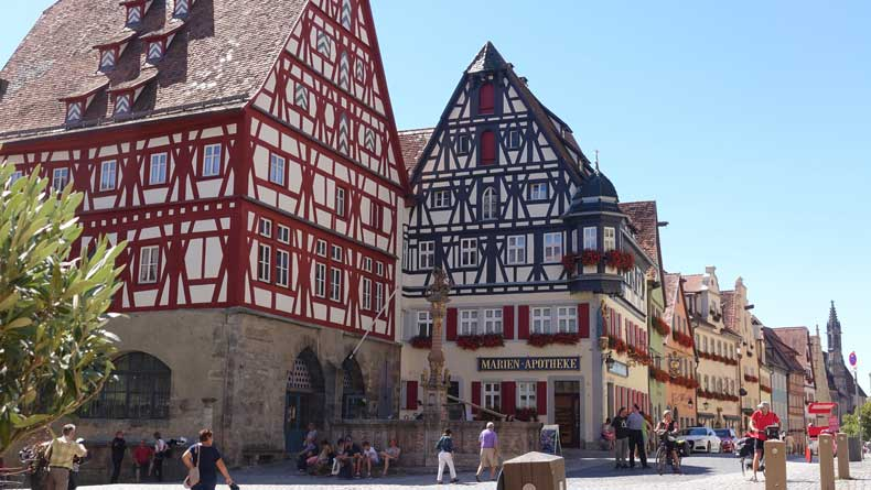 Parenthood and Passports - Rothenburg ob der tauber with kids