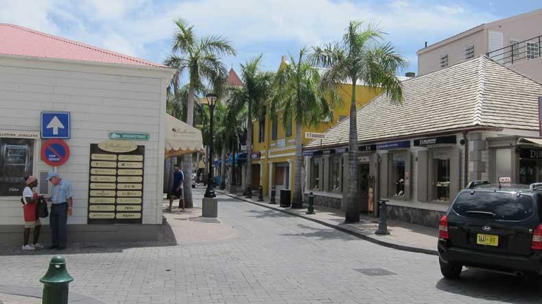 St. Maarten - Parenthood and Passports