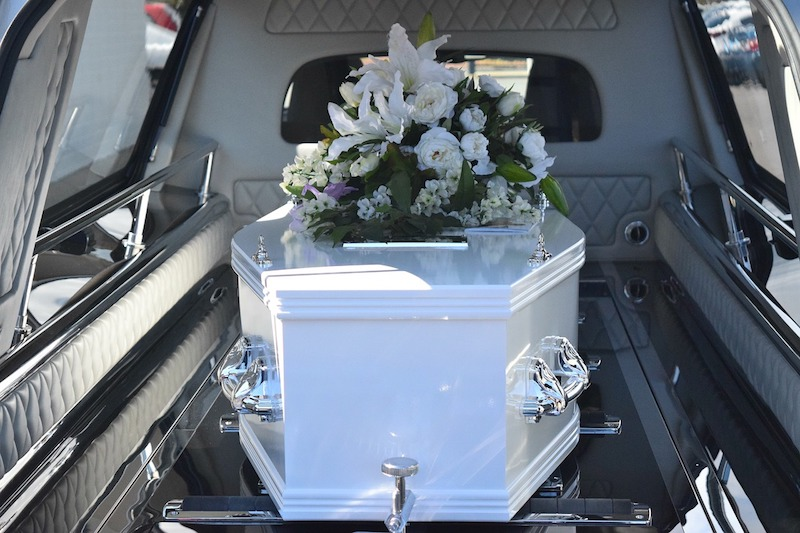 Should Children Go to Funerals?