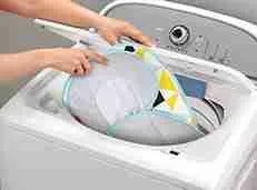 Auto-Rock-n-Play-Sleeper-with-Smart-Connect-machine-washable
