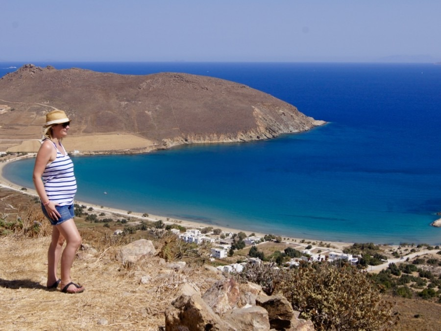 voyager enceinte les cyclades- grèce- naoussa-europe- blog de voyage-voyage et enfant-video de voyage-parents-voyageurs-voyager avec ses enfants-voyager avec bébé
