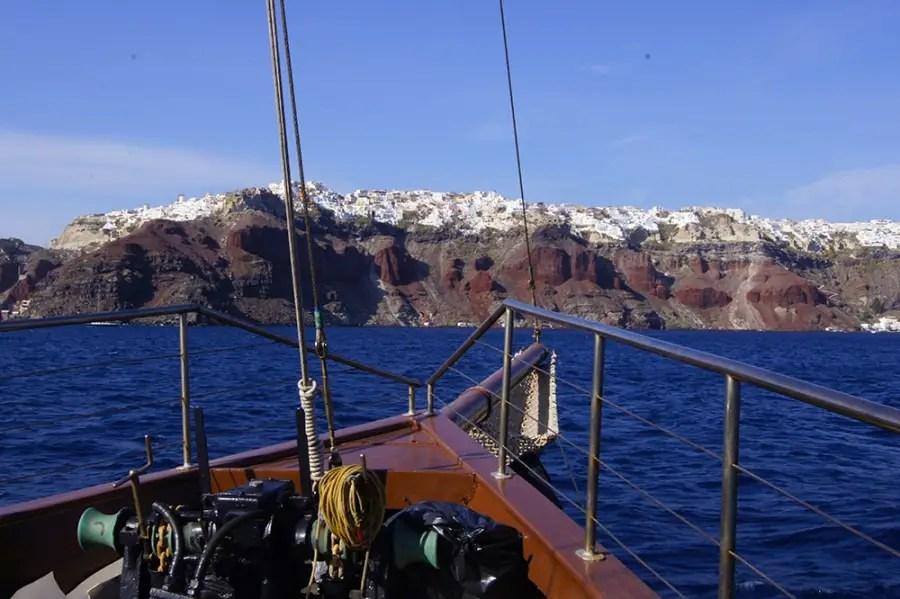 visiter l'île de Santorin les cyclades