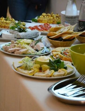 table de plats, buffet dégustation oenologie