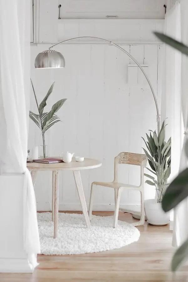 sobriété volontaire, la déconsommation la clé pour être heureux - photo de décoration minimalisme