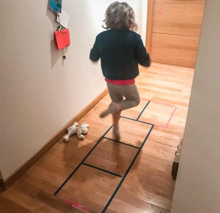 organisation confinement avec des enfants