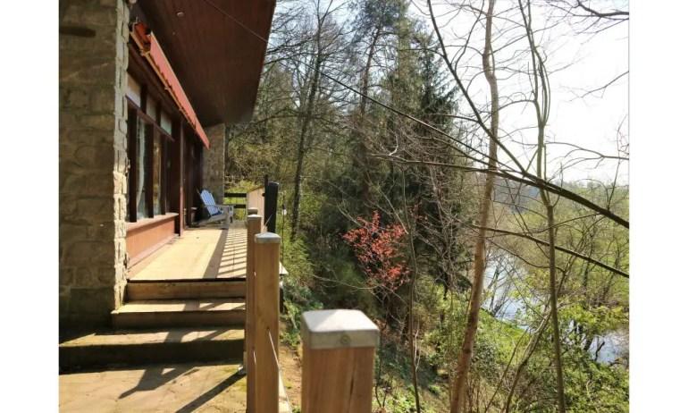 Maison nature à Les pont des planches