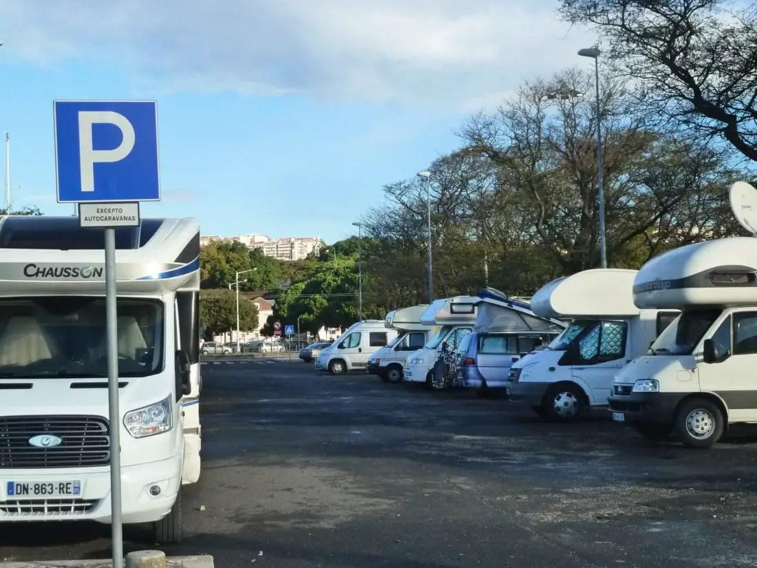 Voyager en camping-car - Stationner
