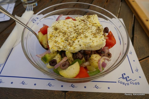 corfu-club-greek-salad