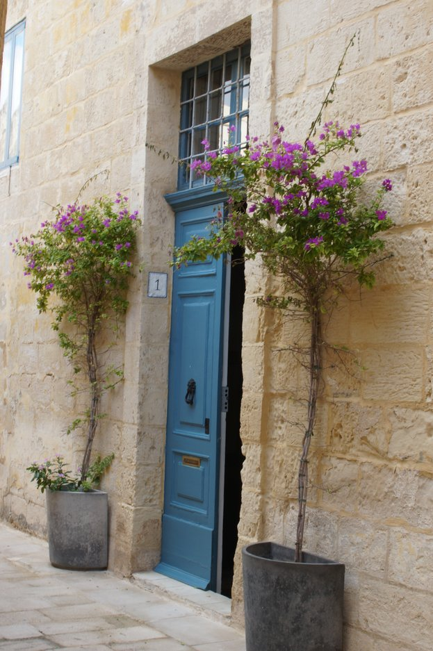 Take a tour of the stunning doors of Malta, so much inspiration! This is my favourite...