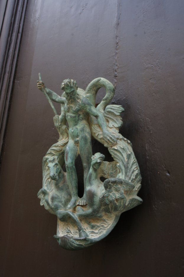 neptune-door-knocker-mdina-malta