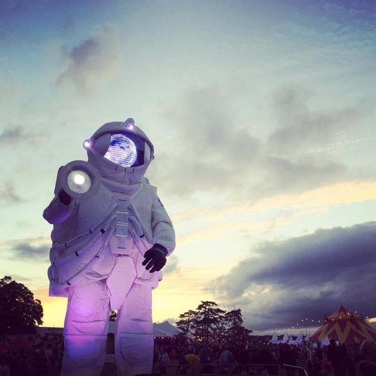 Fantastic first day @campbestival the space theme elevates things out of this world! #campbestival #festival #familytravelmoment #familytravel #travelbloggers #parentshaped #travelgram #travelersnotebook #travel #travellife #festivalvibes #spaceinyourcase #space #spaceman #astronaut #outerspace