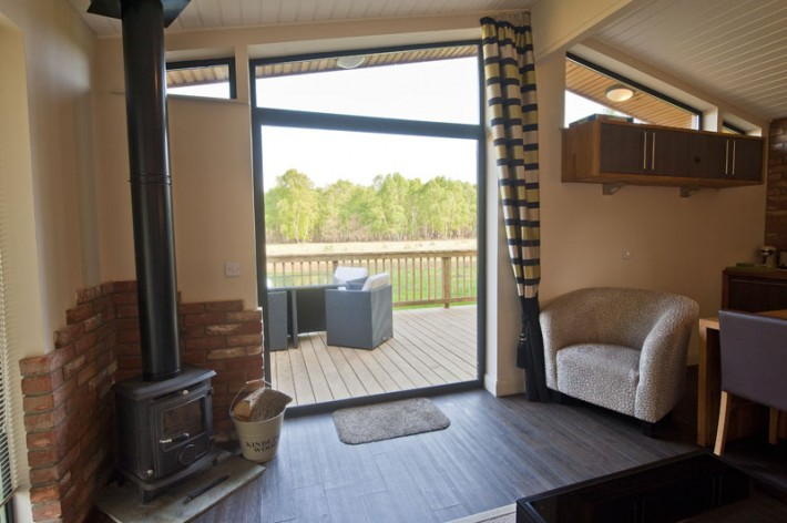 sherwood-hideaway-contemp-lodge-2