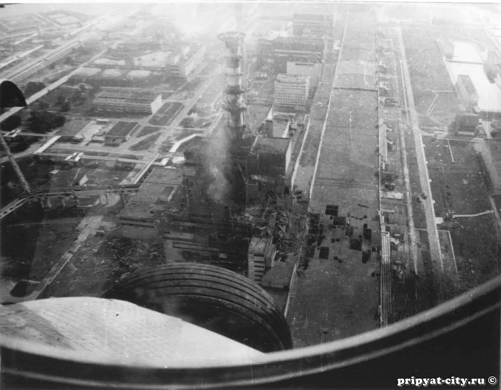 Il reattore esploso di chernobyl foto