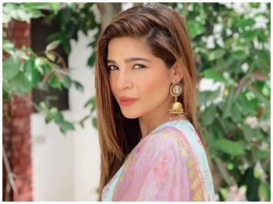 Ayesha Omar in Dhai Chaal
