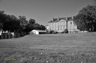 2) Le château NB