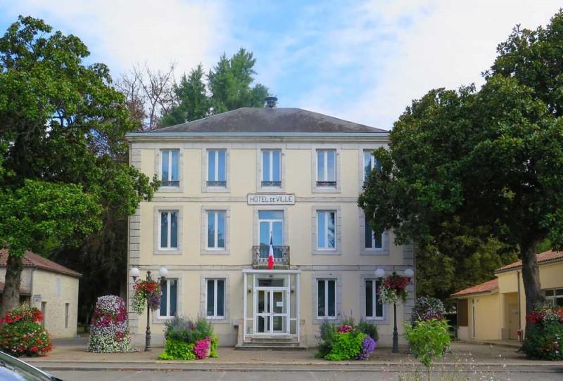 Mairie de Lavardac