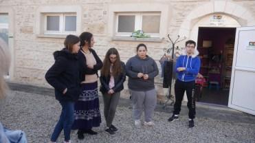 les élèves présentent leur projet