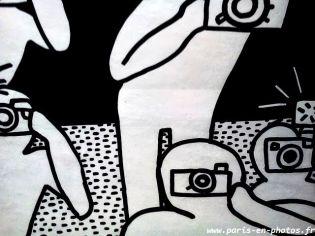 Keith Haring métro Alma Marceau