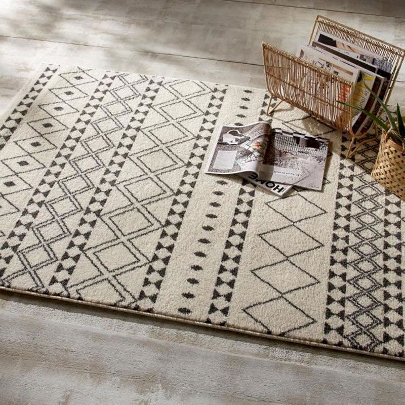 tapis salon a motifs etnik 120x170cm gris fonce