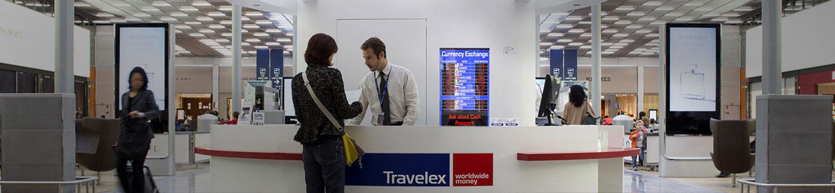 financial services paris aeroport roissy orly