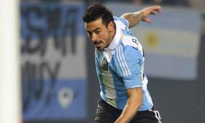 Ezequiel Lavezzi tombe le maillot pour la Copa America