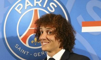 """David Luiz perd déjà ses cheveux, son """"image de marque"""""""