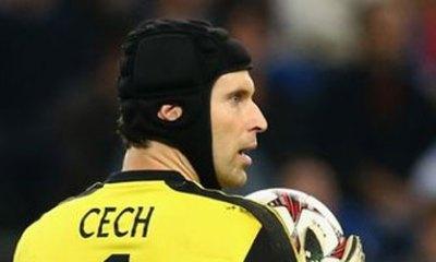 """Mercato - Petr Cech """"reste""""? Il """"part""""? Pas dans un club anglais en tout cas"""
