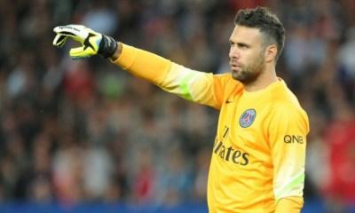 Mercato - Sirigu proche du FC Séville, mais son salaire pose problème, d'après L'Equipe