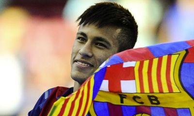 """Mercato - Mestre: Neymar """"Je ne vois pas pourquoi il devrait partir ou ne voudrait pas prolonger"""""""""""