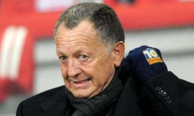 Jean-Michel Aulas félicite le PSG après sa victoire 4-0 face à Leicester
