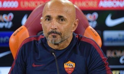 Des rumeurs envoient Emery à Rome, mais le club romain annonce vouloir garder Spalletti
