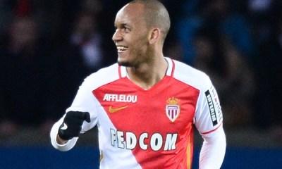 Mercato - Fabinho aurait choisi de signer au PSG cet été, selon Téléfoot !