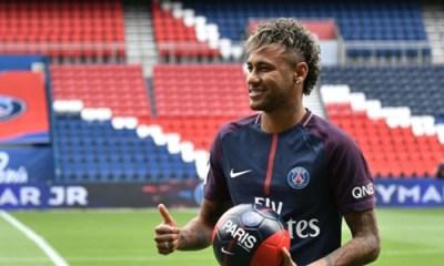 L'arrivée du certificat de transfert international de Neymar est toujours incertaine
