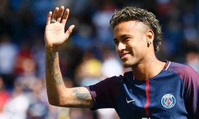 Le Community Manager d'Amiens revient sur la présentation de Neymar au Parc