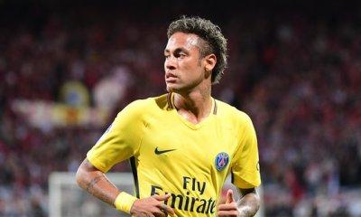 """Niska """"Neymar, c'est totalement un Charo"""""""