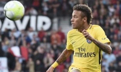 Neymar a dû déménager à cause des curieux et intrus