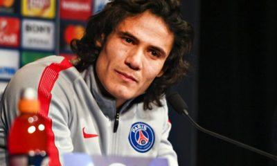 Cavani J'ai confiance dans le club...J'espère passer de beaucoup d'années avec le PSG