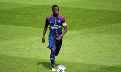Le PSG veut faire signer Adli et Gomes en professionnel, et prêter Descamps à Tours, selon Le Parisien