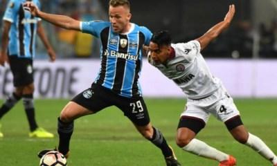 """Arthur Melo """"Neymar ? Je préférerais qu'il joue au Barça"""""""