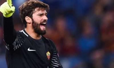 """Mercato - L'AS Rome dément les rumeurs autour d'Alisson """"nous n'attendons pas d'offre"""""""