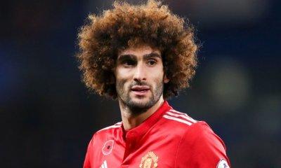 Marouane Fellaini, un temps annoncé proche du PSG, prolonge finalement à Manchester United, c'est officiel