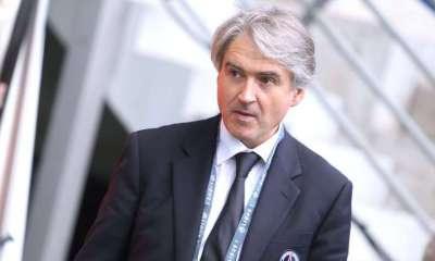 """Le docteur Eric Rolland viendra moins aux matchs du PSG et va plutôt """"chapeauter l'ensemble du secteur médical"""", selon L'Equipe"""