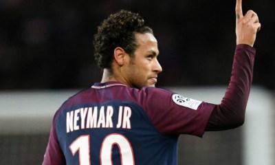 """Minguella """"C'est impossible que Neymar parte cette année"""""""