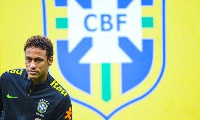 """Rivaldo défend Neymar face aux critiques """"tout le monde fait la même chose"""""""