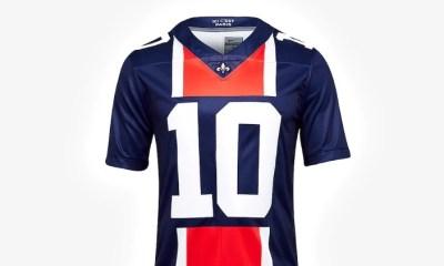Nike met en vente un maillot NFL du PSG