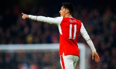 Mercato - Le PSG a tenté d'avoir un prêt d'Özil, mais il a refusé selon Süddeutsche Zeitung