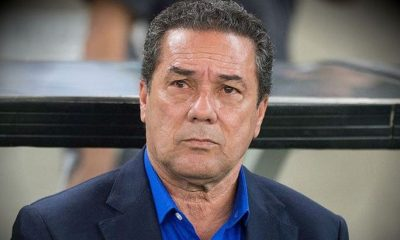"Luxemburgo: ""Neymar doit avoir une conversation avec son entraîneur"""