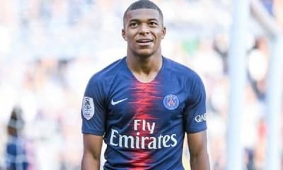 """Avec son tweet """"Ici c'est Paris"""", Mbappé a calmé les rumeurs"""