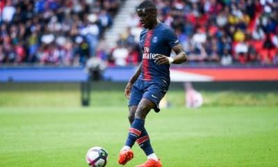 Mercato - La négociation entre N'Soki et Newcastle bloque, selon L'Equipe